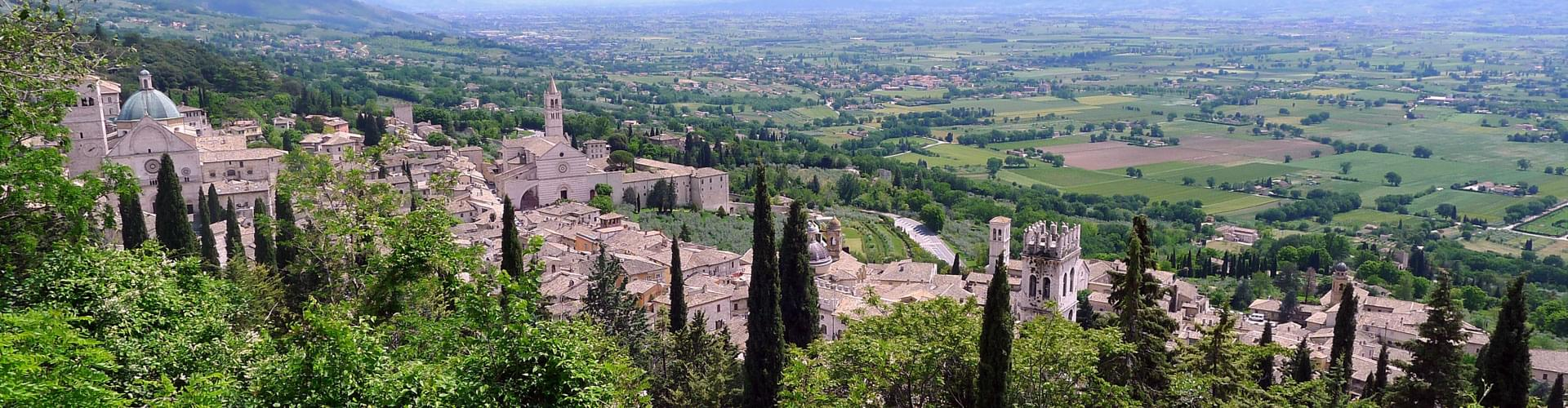 Assisi, assisi italy, assisi umbria, tourist information assisi, visiting assisi, facts about assisi, information on assisi